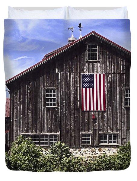 Barn And American Flag Duvet Cover