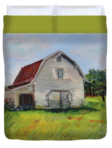 Duvet Cover featuring the painting Barn-harrison Park, Ellijay-pinson Barn by Jan Dappen