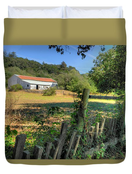 Barn In Big Sur Duvet Cover by Derek Dean