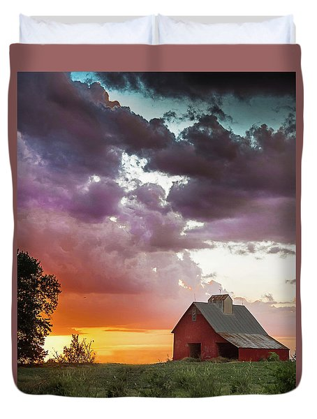 Duvet Cover featuring the photograph Barn In Stormy Skies by Dawn Romine