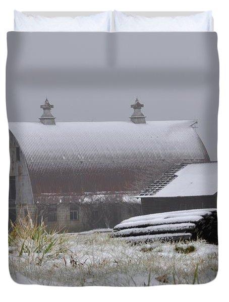 Barn In Winter Duvet Cover