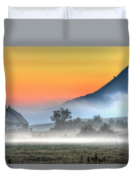 Barn Of Brigadoon Duvet Cover