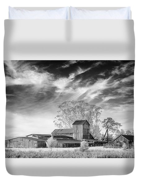 Barn On Marsh In Infrared Duvet Cover
