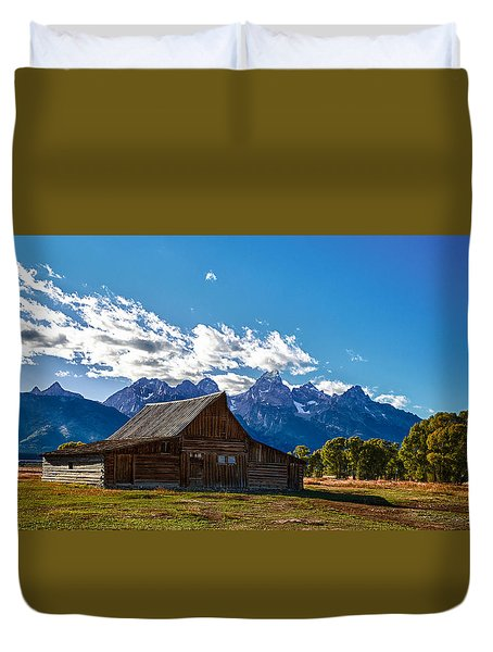 Barn On Mormon Row Duvet Cover