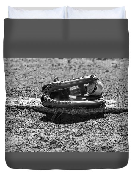 Baseball - On The Pitchers Mound In Black And White Duvet Cover