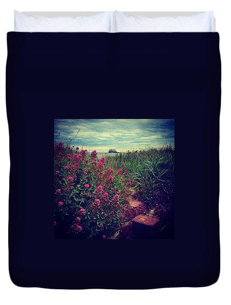 Bass Rock Flower Shot - North Berwick Duvet Cover