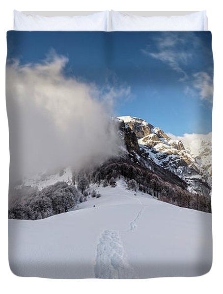 Battle Of Earth And Sky Duvet Cover by Evgeni Dinev