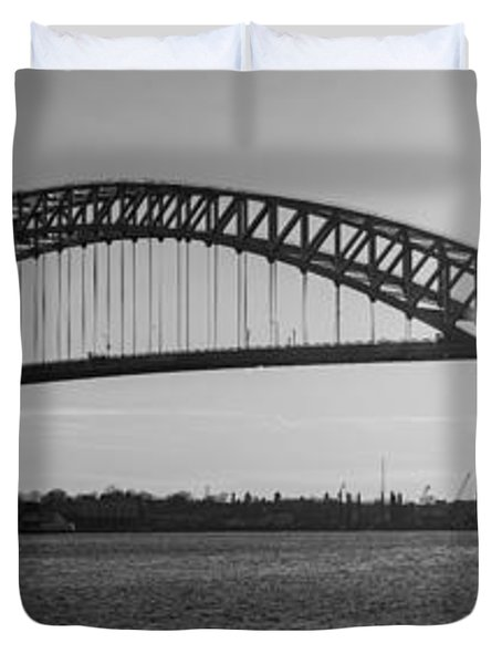 Bayonne Bridge Panorama Bw Duvet Cover