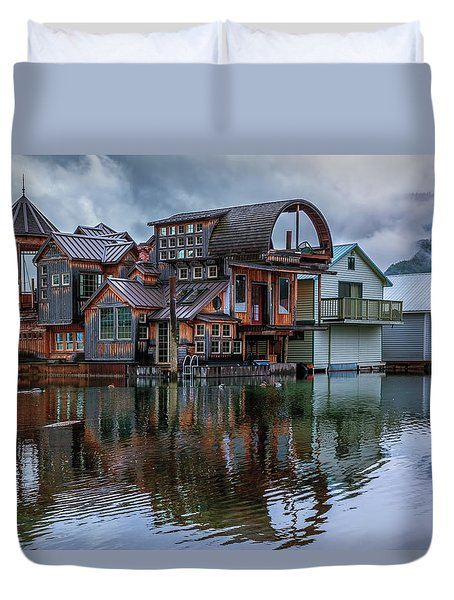 Bayview Houseboat Duvet Cover