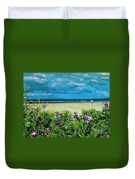 Beach Daisies Duvet Cover