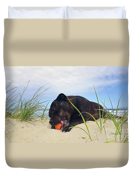 Duvet Cover featuring the photograph Beach Dog - Rest Time By Kaye Menner by Kaye Menner