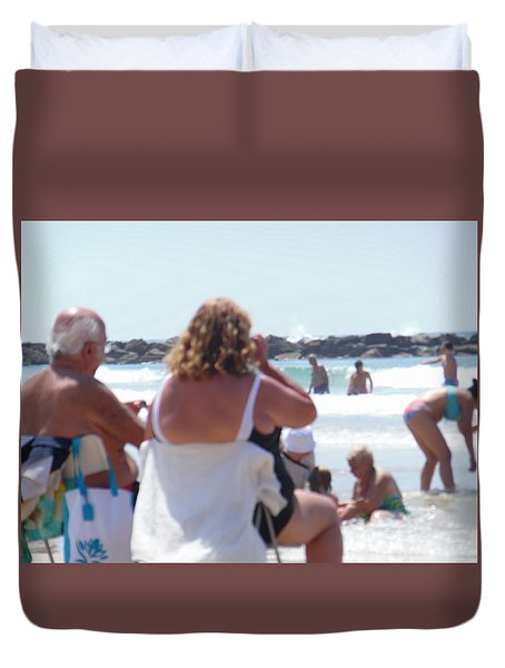 Duvet Cover featuring the painting Beach Watchers by Esther Newman-Cohen