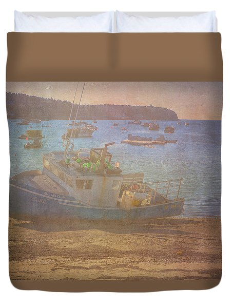 Beached For Cleaning Duvet Cover by Tom Singleton