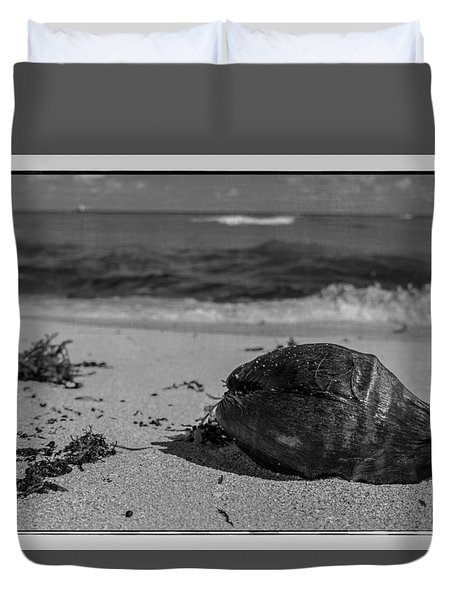 Duvet Cover featuring the photograph Beachside by Melinda Ledsome