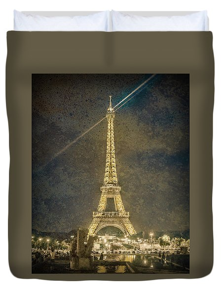 Paris, France - Beacon Duvet Cover