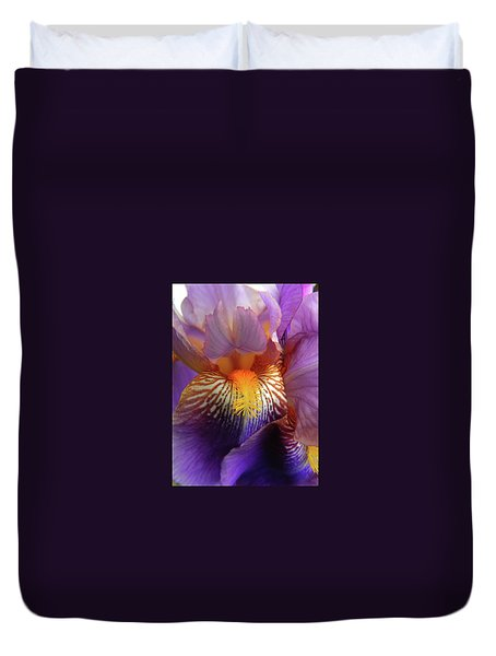 Bearded Iris Duvet Cover