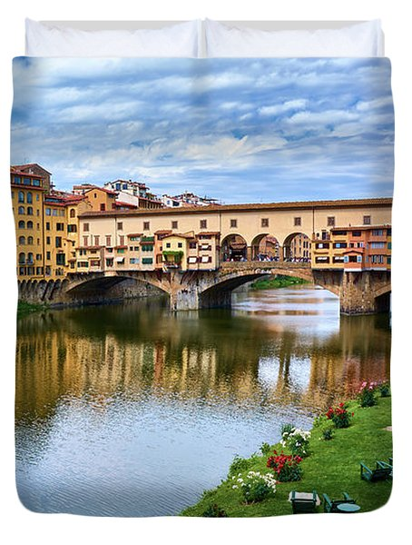 Ponte Vecchio On A Spring Day In Florence, Italy Duvet Cover