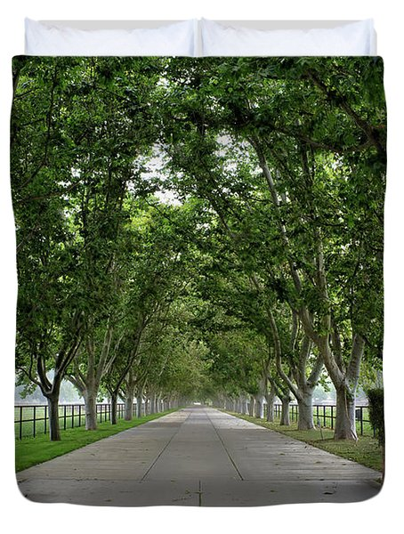 Entrance To River Edge Farm Duvet Cover