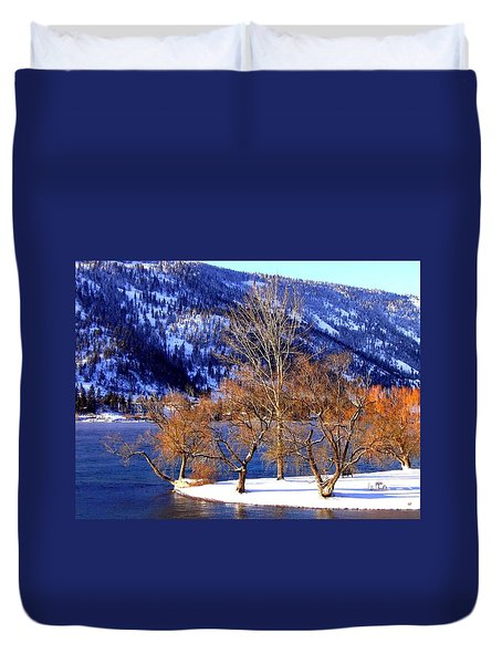Duvet Cover featuring the photograph Beautiful Kaloya Park by Will Borden