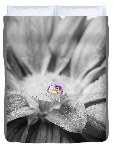 Beautiful Splash Of Purple On A Daisy In The Garden Duvet Cover