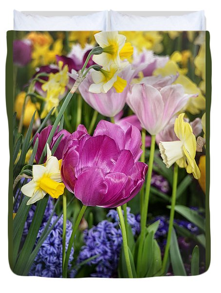 Beautiful Time Of Year Duvet Cover by Mike Martin