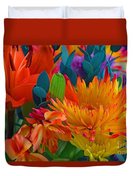 Beautiful To The Eyes  Duvet Cover by Ray Shrewsberry