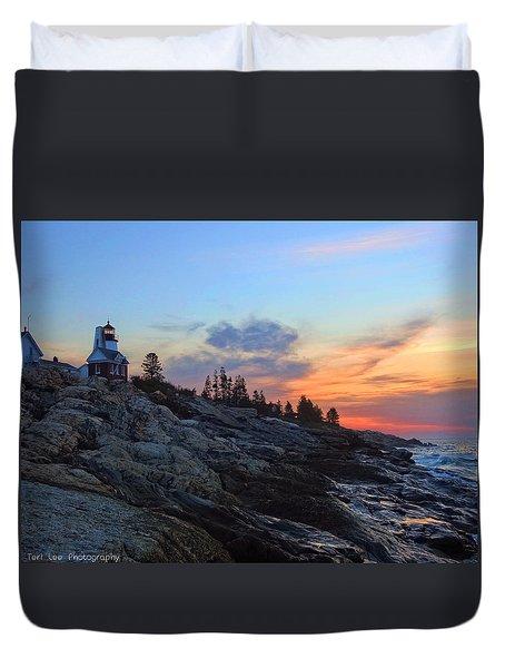 Beauty On The Rocks Duvet Cover