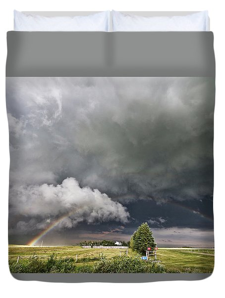 Beauty Within Darkness Duvet Cover