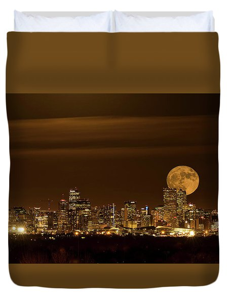 Beaver Moonrise Duvet Cover