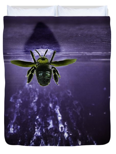 Bee Drilling Wood Duvet Cover