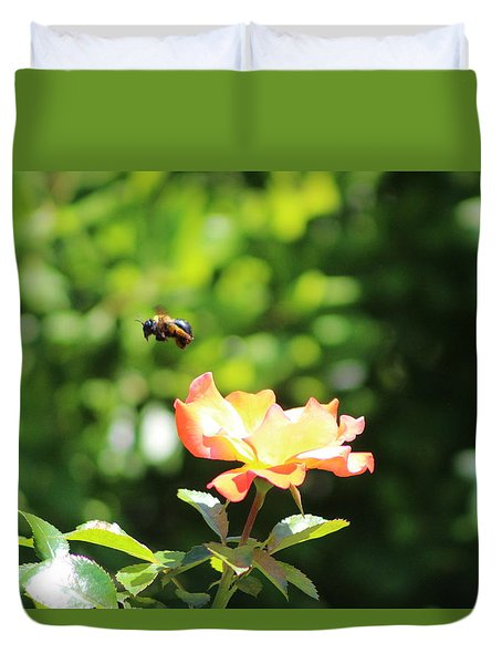 Bee Flying From Peach Petal Rose Duvet Cover