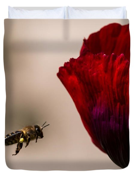 Bee Right Profile Flying To Red Flower Duvet Cover