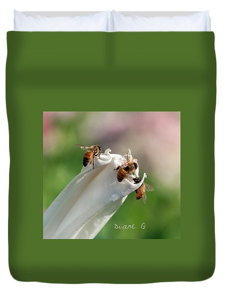 Bees On Angel Trumpet Duvet Cover