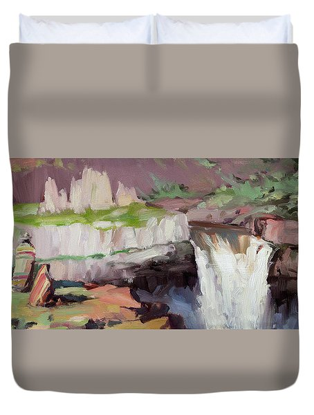 Beholding Palouse Falls Duvet Cover