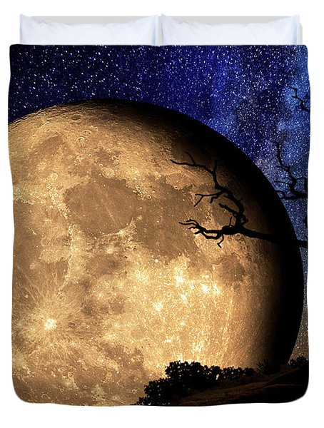 Bella Luna From Another World Duvet Cover