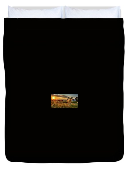 Duvet Cover featuring the photograph Bessie by Mark Fuller