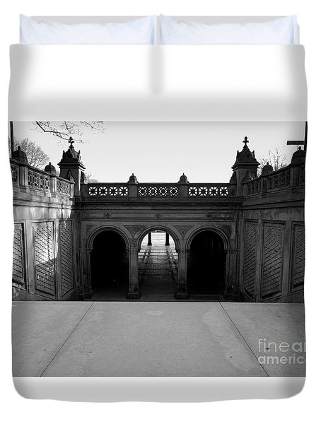 Bethesda Terrace In Central Park - Bw Duvet Cover by James Aiken