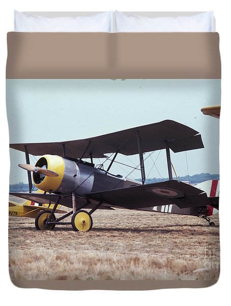 Duvet Cover featuring the photograph Bi-wing-4 by Donald Paczynski