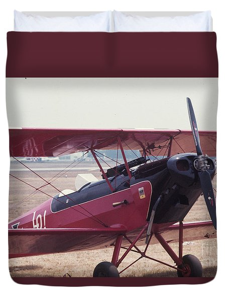 Duvet Cover featuring the photograph Bi-wing-5 by Donald Paczynski