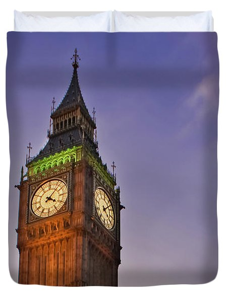 Duvet Cover featuring the photograph Big Ben Twilight In London by Terri Waters