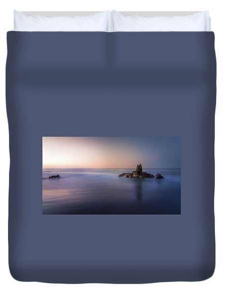 Big Corona Rock Duvet Cover