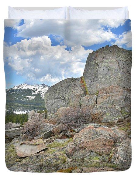 Big Horn Pass Rock Croppings Duvet Cover
