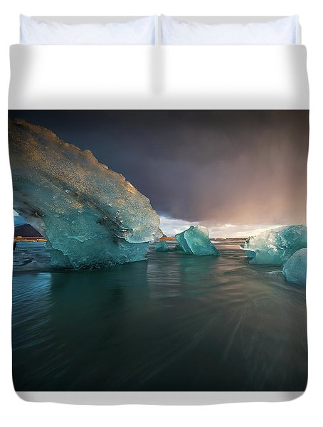 Duvet Cover featuring the photograph Big Ice by Allen Biedrzycki