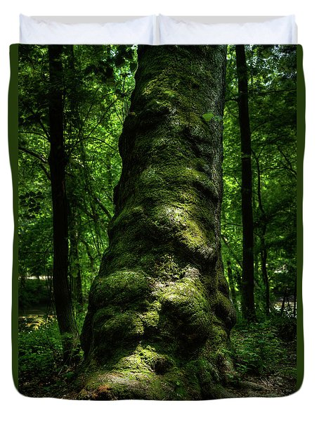 Big Moody Tree In Forest Duvet Cover