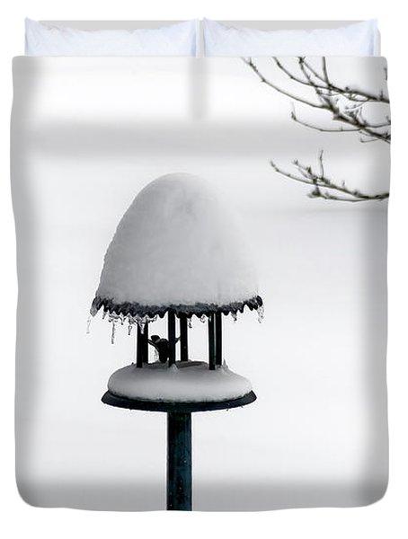Bird Feeder In Snow Duvet Cover