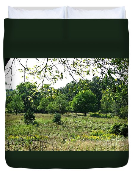 Bird Grounds Duvet Cover