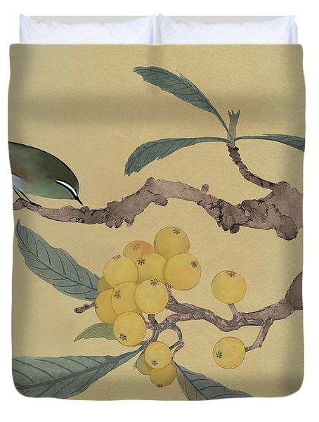Bird In Loquat Tree Duvet Cover