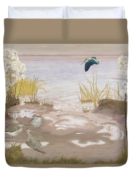 Bird On The Mud Flats Of The Elbe Duvet Cover by Friedrich Lissmann