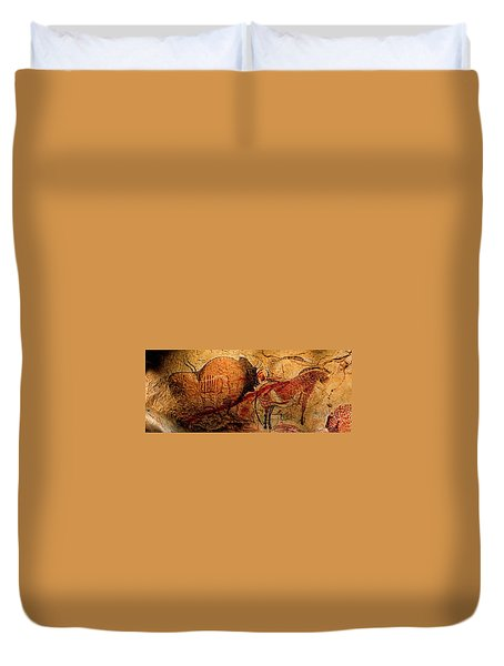 Bison Horse And Other Animals Closer - Narrow Version Duvet Cover