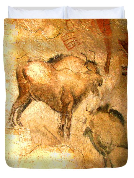 Bison Of Altamira Duvet Cover by Asok Mukhopadhyay